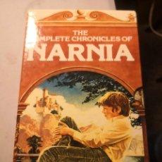 Libros de segunda mano: LAS CRÓNICAS DE NARNIA THE CHRONICLES DE NARNIA C.W. .LEWIS 7 TOMOS ESTUCHE. AÑOS 50. Lote 247919450