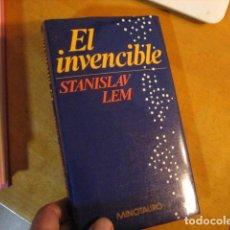 Libri di seconda mano: EL INVENCIBLE STANISLAW LEM PRIMERA EDICIÓN EN MINOTAURO 1986. Lote 253817930