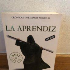 Libros de segunda mano: LA APRENDIZ TRUDI CANAVAN CRONICAS DEL MAGO NEGRO 2. Lote 262574980