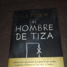 Libros de segunda mano: C. J. TUDOR - EL HOMBRE DE TIZA. Lote 262649235