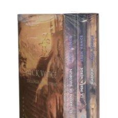 Libros de segunda mano: TRILOGÍA DE LYONESSE: EL JARDÍN DE SULDRUN / LA PERLA VERDE / MADOUC - VANCE, JACK. Lote 262935850