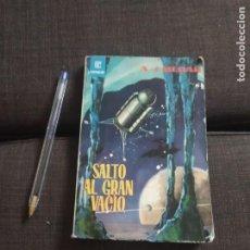 Libros de segunda mano: SALTO AL GRAN VACIO , A J MERAK 1962 EDICIONES TORAY. Lote 272497443