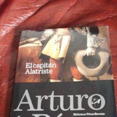 Libros de segunda mano: EL CAPITAN ALATRISTE. Lote 278758048