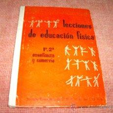 Libros de segunda mano de Ciencias: LECCIONES DE EDUCACION FISICA - SECCION FEMENINA DE F.E.T. Y DE LAS J.O.N.S.. Lote 26268567