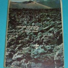 Libros de segunda mano: CIENCIAS NATURALES. 2º CURSO. T. ALVIRA , J. GÓMEZ-MENOR. EDIT. MAGISTERIO ESPAÑOL. 1968. 183 PÁG.. Lote 22316696