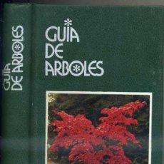 Libros de segunda mano: GUÍA DE ÁRBOLES (GRIJALBO, 1994) . Lote 37769783