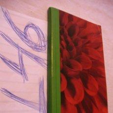 Libros de segunda mano: LIBRO CON 758 ILUSTRACIONES Y ESPECIFICACIONES DE VARIEDADES DE FLORES EN SEIS IDIOMAS. Lote 174482933