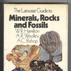 Libros de segunda mano: LAROUSSE GUIDE. MINERALS, ROCKS AND FOSSILS. GUIA COLOR MINERALOGÍA.MINERALES. FOTOS COLOR. 1980. Lote 52335207