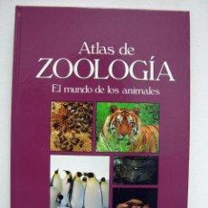 Libros de segunda mano: ATLAS DE ZOOLOGÍA. EL MUNDO DE LOS ANIMALES. CULTURAL, 2001.. Lote 56736099