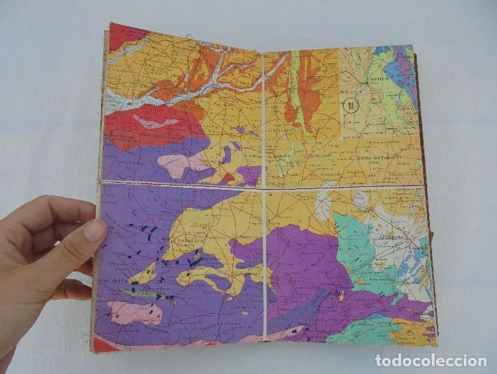 Libros de segunda mano: MAPA GEOLOGICO DE ESPAÑA. ESCALA 1: 1000000. DESPLEGABLE ENTELADO. INSTITUTO GEOLOGICO Y MINERO. - Foto 11 - 61535240
