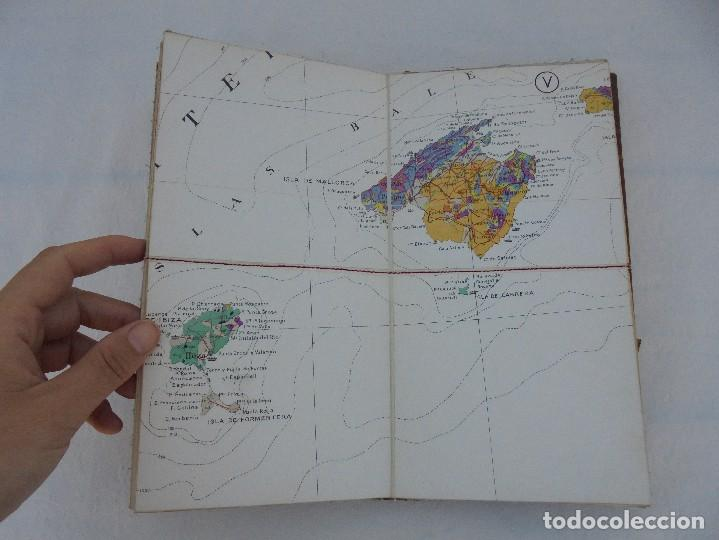 Libros de segunda mano: MAPA GEOLOGICO DE ESPAÑA. ESCALA 1: 1000000. DESPLEGABLE ENTELADO. INSTITUTO GEOLOGICO Y MINERO. - Foto 13 - 61535240