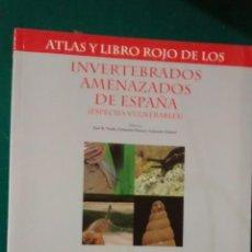 Libros de segunda mano: ATLAS Y LIBRO ROJO DE LOS INVERTEBRADOS AMENAZADOS DE ESPAÑA (ESPECIES VULNERABLES) VOL II MOLUSCOS. Lote 70143125