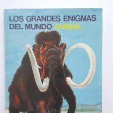 Libros de segunda mano: ANIMALES PREHISTÓRICOS, PRECIOSO LIBRO EDITADO POR EL CIRCULO DE AMIGOS DE LA HISTORIA, 1975. Lote 81096080