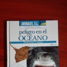 Libros de segunda mano: LIBRO DE TIBURONES CON DVD. Lote 81927764