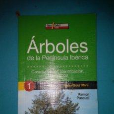 Livros em segunda mão: ARBOLES DE LA PENINSULA IBERICA CARACTERISTICAS IDENTIFICACION LOCALIZACION GUIA DE BOLSILLO NUEVO. Lote 95502283