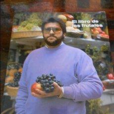 Libros de segunda mano: EL LIBRO DE LOS FRUTALES. SEGUNDO RUBIO. 1990. TIENE UNA DEDICATORIA DEL AUTOR. RUSTICA CON SOLAPA. . Lote 96018819
