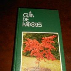 Libros de segunda mano: LIBRO GUIA DE ARBOLES GRIJALBO. Lote 98721159
