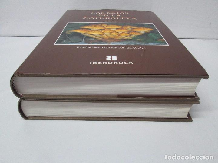 Libros de segunda mano: LAS SETAS EN LA NATURALEZA. TOMO I Y II. RAMON MANDAZA DE ACUÑA. IBERDROLA 1994 Y 1996. VER FOTOS - Foto 3 - 107593479
