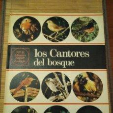 Libros de segunda mano: ÁLBUMES NOGUER 12. ZOOLOGÍA. 1968 LOS CANTORES DEL BOSQUE. . Lote 114189919