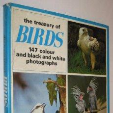 Libros de segunda mano: THE TREASURY OF BIRDS - IAN PRESTT Y OTROS - MUY ILUSTRADO - EN INGLES *. Lote 118576491