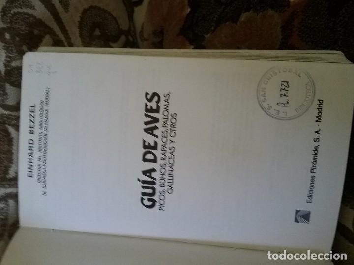 Libros de segunda mano: Guias de aves, de Einhard Bezzel. Piramide, 1984. Picos, buhos, rapaces, palomas, gallinaceas y otro - Foto 2 - 120052383