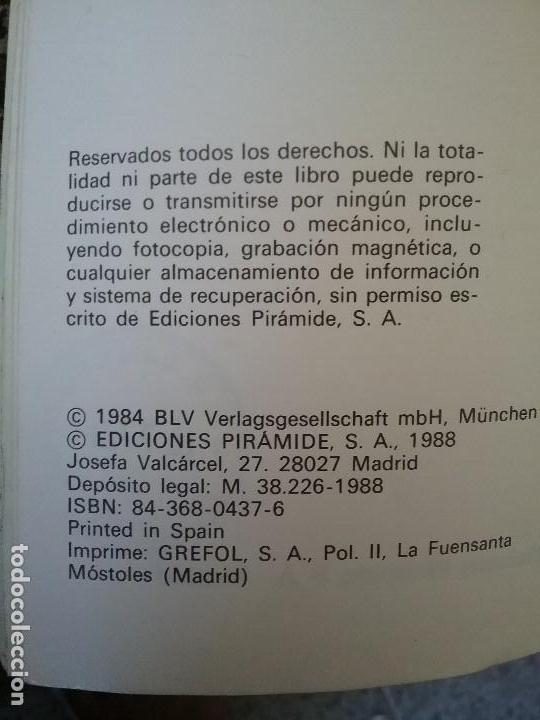 Libros de segunda mano: Guias de aves, de Einhard Bezzel. Piramide, 1984. Picos, buhos, rapaces, palomas, gallinaceas y otro - Foto 8 - 120052383