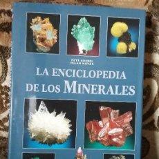 Livres d'occasion: ENCICLOPEDIA DE LOS MINERALES, DE PETR KORBEL Y MILAN NOVAK. LIBSA. MUY ILUSTRADO CON FOTOS A COLOR.. Lote 121889011
