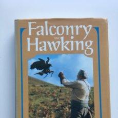 Libros de segunda mano: FALCONRY & HAWKING. Lote 132402538
