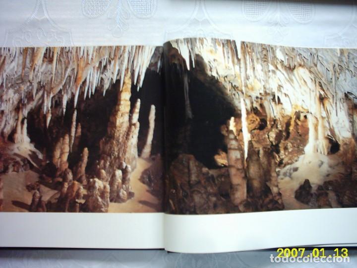 Libros de segunda mano: VV.AA. EL SOPLAO UNA CAVIDAD ÚNICA. 2003. PRIMERA EDICIÓN. FOTOGRAFÍAS DE JUAN COLINA. - Foto 4 - 132595242