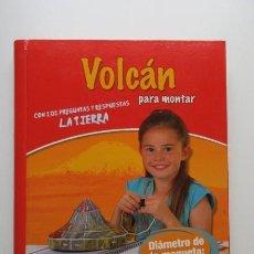 Libros de segunda mano: UN VOLCÁN PARA MONTAR (MAQUETA 22 CM) PRECINTADO (RARO). Lote 140368258