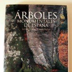 Libros de segunda mano: ARBOLES MONUMENTALES DE ESPAÑA ECOSISTEMAS Y AMBIENTES. CLH 2006. Lote 151889102