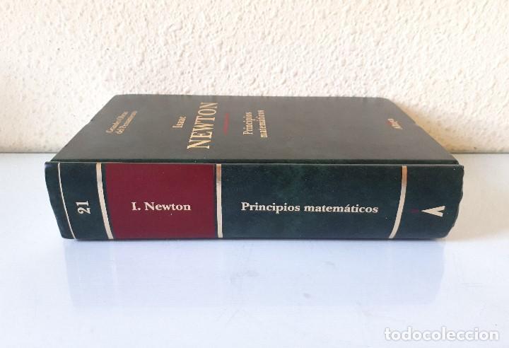 Libros de segunda mano de Ciencias: ISAAC NEWTON / PRINCIPIOS MATEMÁTICOS DE LA FILOSOFIA NATURAL (PR. ANTONIO ESCOHOTADO) / ALTAYA 1994 - Foto 2 - 155479406