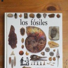 Libros de segunda mano: LOS FÓSILES VARIOS PUBLICADO POR ALTEA (1990) 64 PP. Lote 155962642