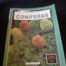Libros de segunda mano: CONÍFERAS. GUÍAS JARDÍN BLUME. KENNETH A. BECKETT. Lote 158191788