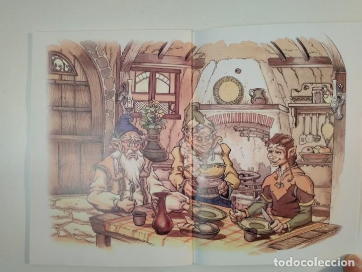 Libros de segunda mano: EN BUSCA DE LAS SETAS MÁGICAS. Cuento sobre duendes y setas, MARTÍNEZ-CIRO, Esther. Albacete - Foto 2 - 160709934