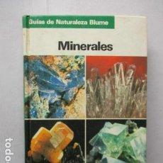 Livros em segunda mão: MINERALES. GUIAS DE LA NATURALEZA BLUME. 1ª EDICIÓN 1983. OLAF MEDENBACH. CORNELIA SUSSIECK.. Lote 162413194