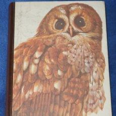 Libros de segunda mano: AVES ESPAÑOLAS - READER'S DIGEST (1972). Lote 177018144