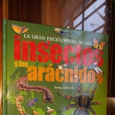 Libros de segunda mano: LA GRAN ENCICLOPEDIA DE LOS INSECTOS Y LOS ARÁCNIDOS 2009 IMPRESO EN SINGAPUR. Lote 181585598