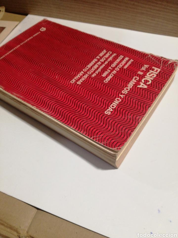 Libros de segunda mano de Ciencias: Fisica vol.II campos y ondas Alonso finn - Foto 8 - 194338248