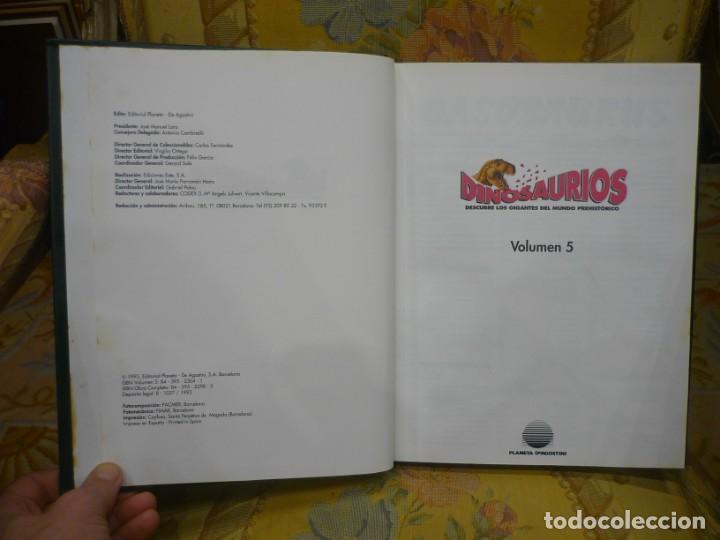 Libros de segunda mano: DINOSAURIOS. DESCUBRE LOS GIGANTES DEL MUNDO PREHISTÓRICO. TOMO 5. - Foto 3 - 194896397