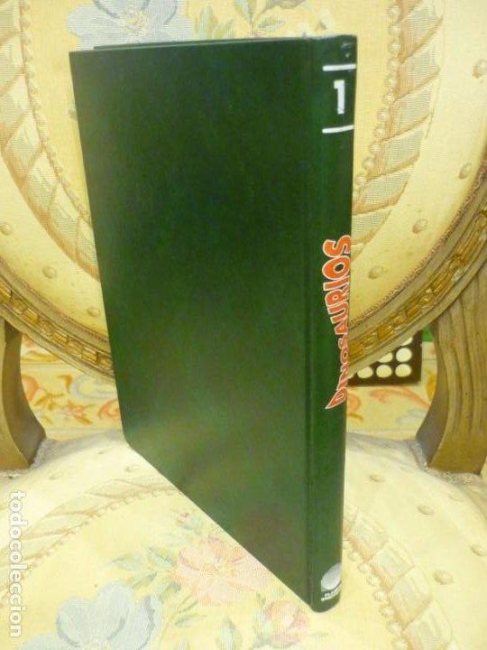 Libros de segunda mano: DINOSAURIOS. DESCUBRE LOS GIGANTES DEL MUNDO PREHISTÓRICO. TOMO 1. PLANETA DeAGOSTINI 1.993. - Foto 2 - 194897370