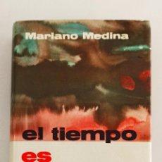 Libros de segunda mano de Ciencias: EL TIEMPO ES NOTICIA. MARIANO MEDINA. METEOROLOGÍA.. Lote 195099197