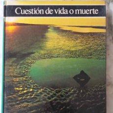 Libros de segunda mano: CUESTIÓN DE VIDA O MUERTE.GIORDANO REPOSSI. HISTORIA ILUSTRADA DE LA ECOLOGÍA.LIBRO CIRCULO LECTORES. Lote 195303115