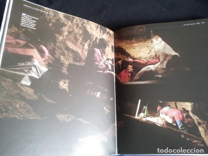 Libros de segunda mano: ATAPUERCA, UN MILLON DE AÑOS DE HISTORIA - VARIOS AUTORES - PLOT EDICIONES 1999 - Foto 5 - 200791265