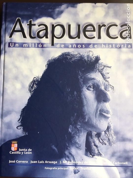 ATAPUERCA, UN MILLON DE AÑOS DE HISTORIA - VARIOS AUTORES - PLOT EDICIONES 1998 (Libros de Segunda Mano - Ciencias, Manuales y Oficios - Paleontología y Geología)