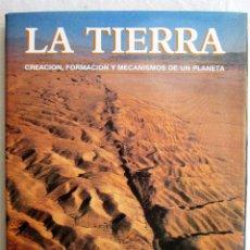 Libros de segunda mano: LA TIERRA – DEREK ELSOM. Lote 204176662