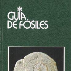Libros de segunda mano: GUÍA DE FÓSILES. EDITORIAL GRIJALBO. Lote 205582591