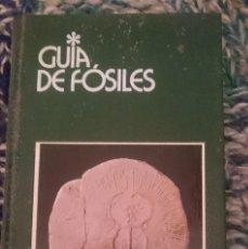 Libros de segunda mano: GUIA DE FOSILES -- EDITORIAL GRIJALBO. Lote 207137588
