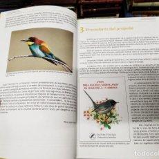 Libros de segunda mano: ATLES DELS AUCELLS NIDIFICANTS DE MALLORCA I CABRERA. EDITAT PER GOB .SA NOSTRA. 1ª EDICIÓ 2010. Lote 207244721