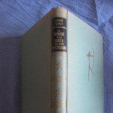 Libros de segunda mano: ANDRE SENET. EL HOMBRE A LA BUSCA DE SUS ANTEPASADOS.NOVELA DE LA PALEONTOLOGIA. LUIS DE CARALT 1957. Lote 210694366